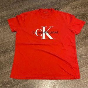 Calvin Klein logo top